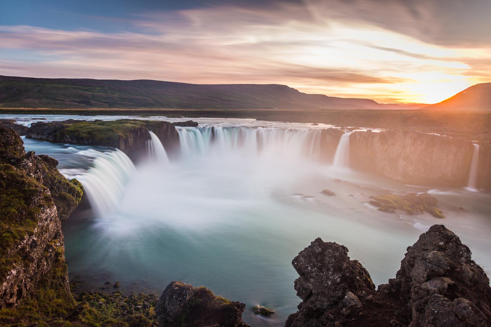 Najpiękniejsze wodospady | TOP7 Biuro podróży Goforworld by Kuźniar