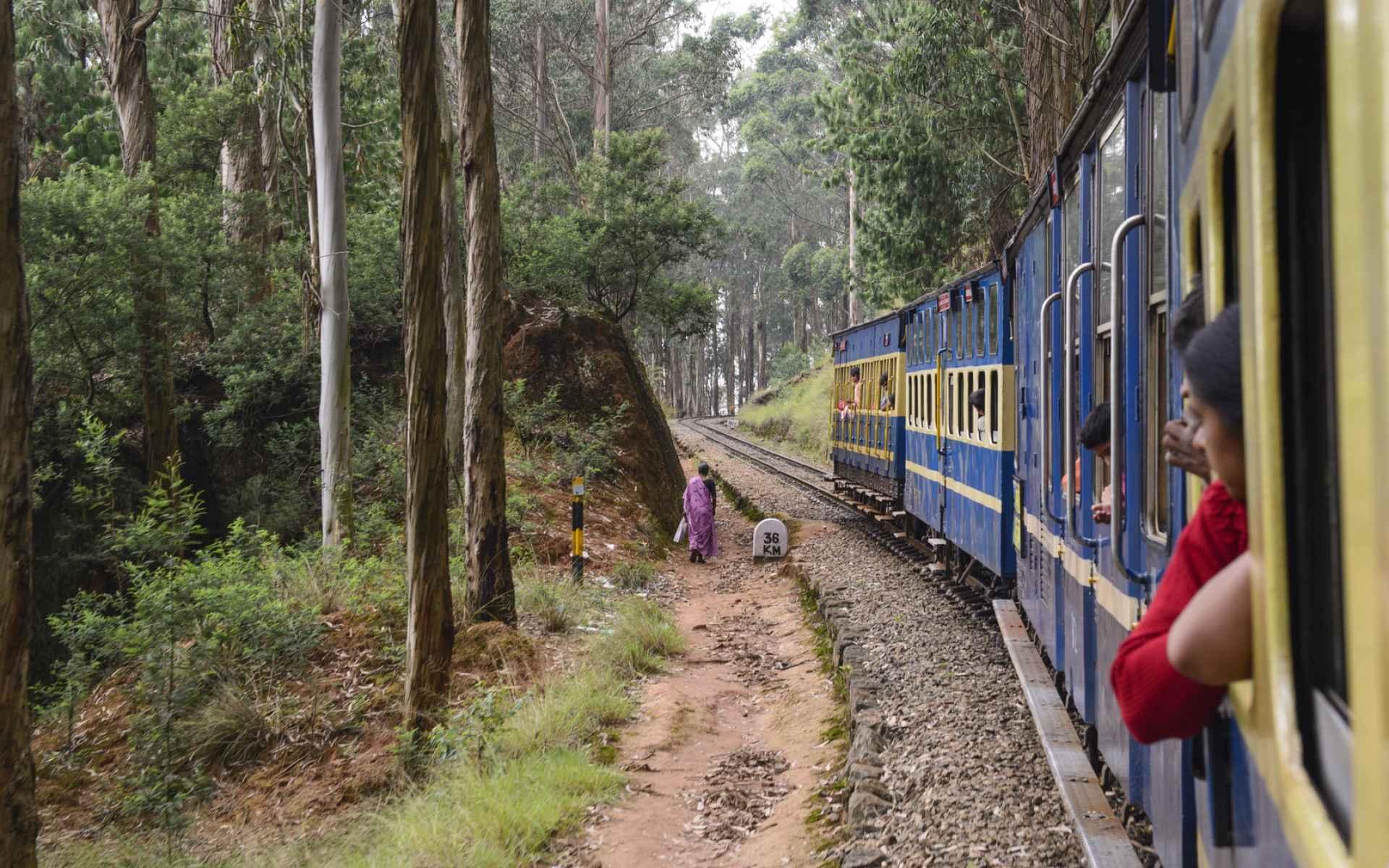 Indie niedokończone Biuro podróży Goforworld by Kuźniar