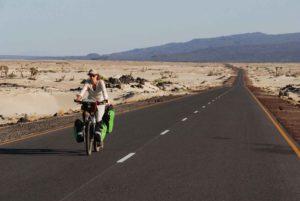 Rowerem przez pustynię Biuro podróży Goforworld by Kuźniar