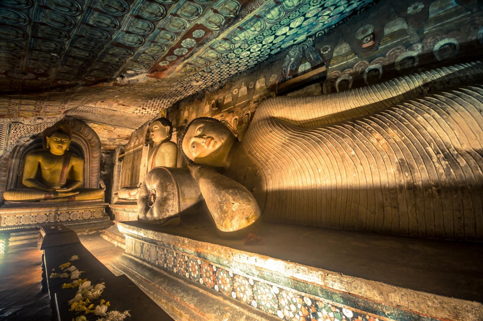 Święte jaskinie | TOP 7 Biuro podróży Goforworld by Kuźniar