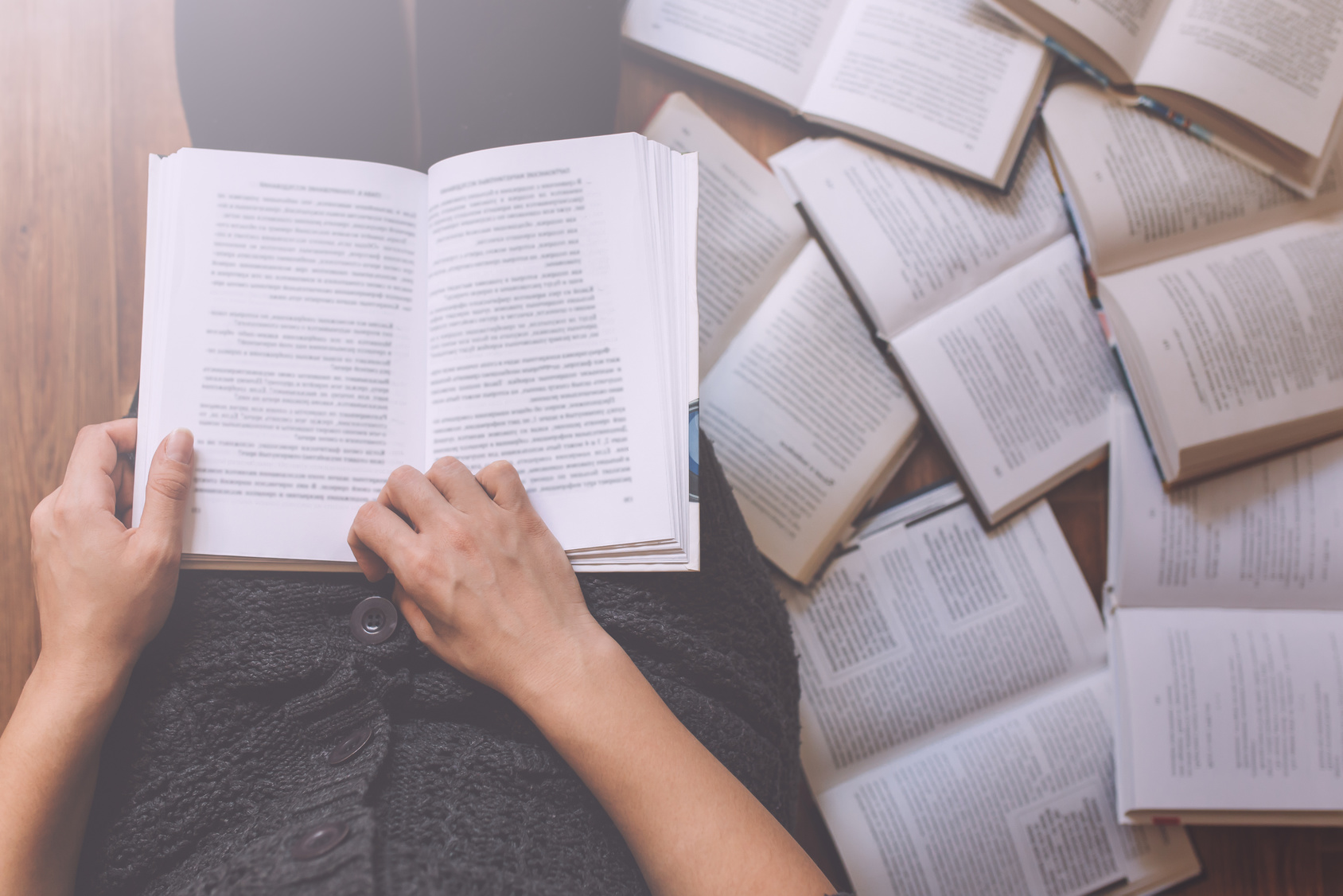 Uliczna biblioteka Biuro podróży Goforworld by Kuźniar