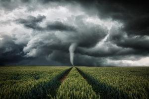W pogoni za tornadem Biuro podróży Goforworld by Kuźniar