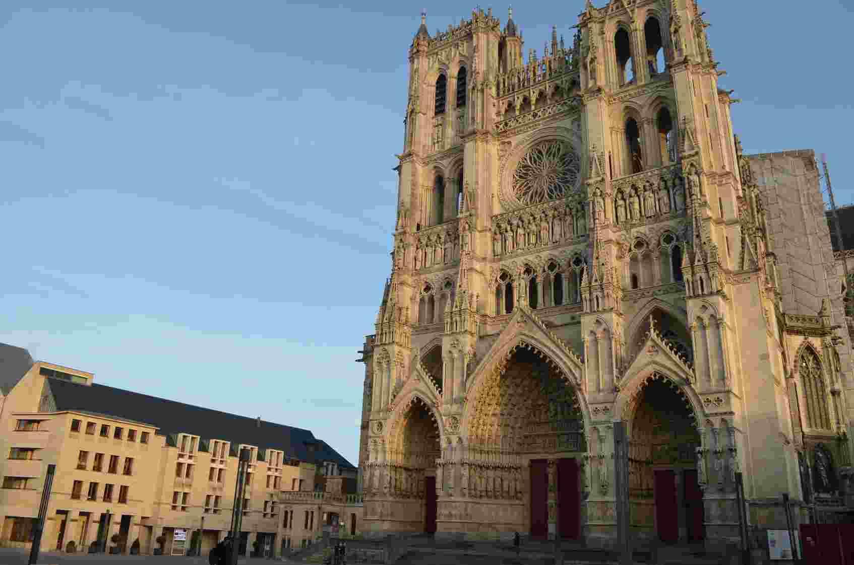 Amiens Biuro podróży Goforworld by Kuźniar