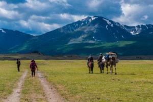 Śpiewak z Mongolii Biuro podróży Goforworld by Kuźniar