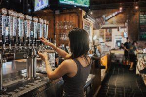 Londyn ma pub dla nudystów Biuro podróży Goforworld by Kuźniar