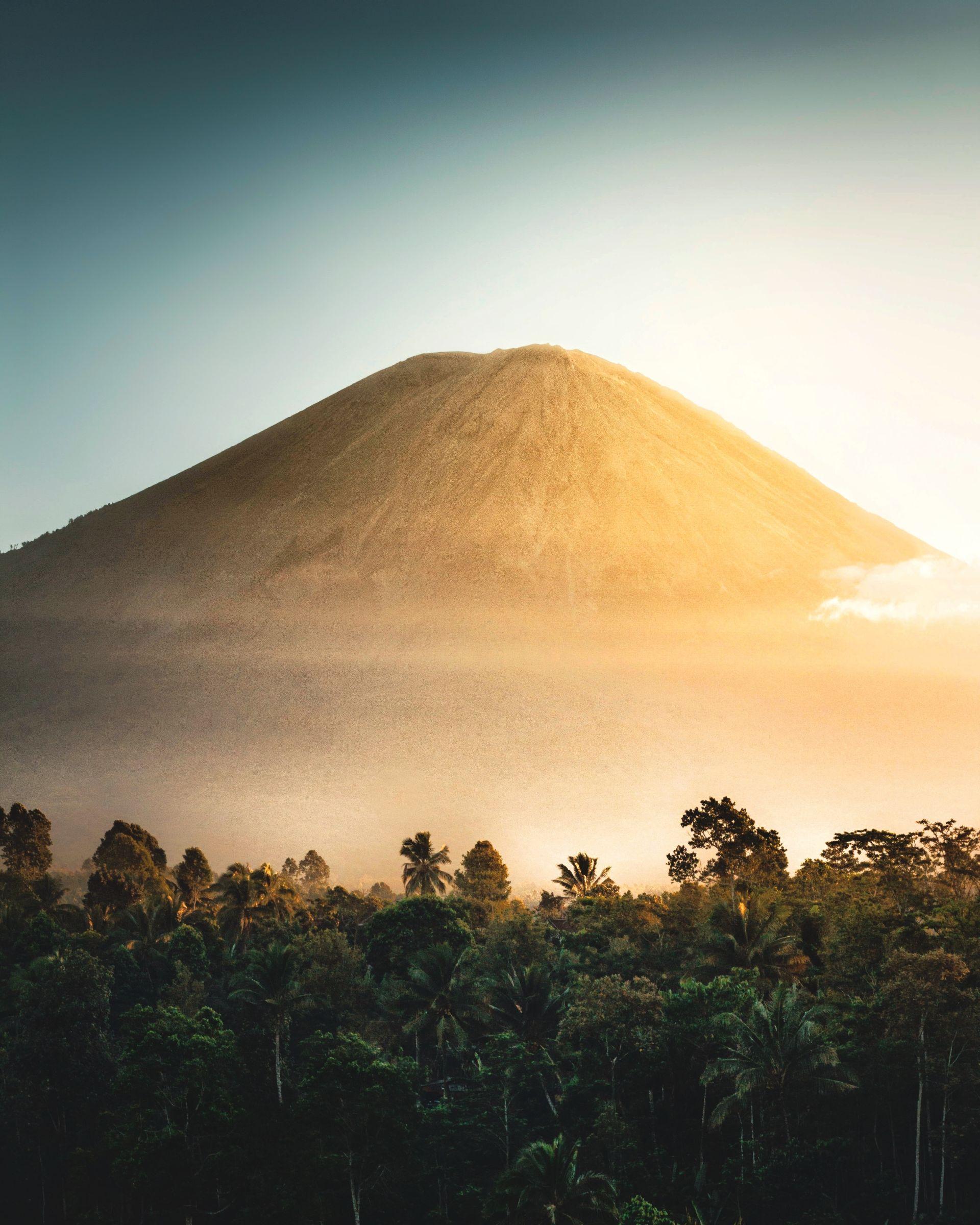 Borneo - Flores - Komodo Biuro podróży Goforworld by Kuźniar