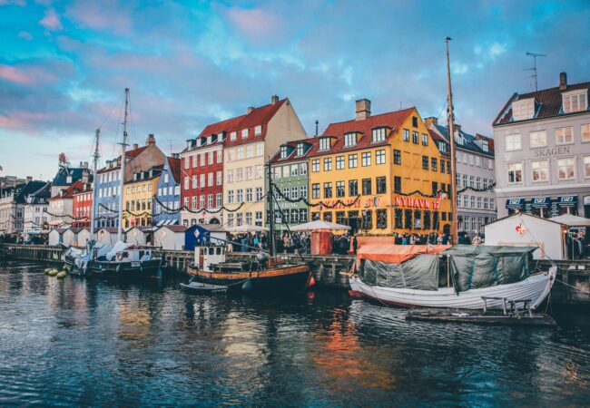 Najlepsze miasta do życia 2021 Biuro podróży Goforworld by Kuźniar